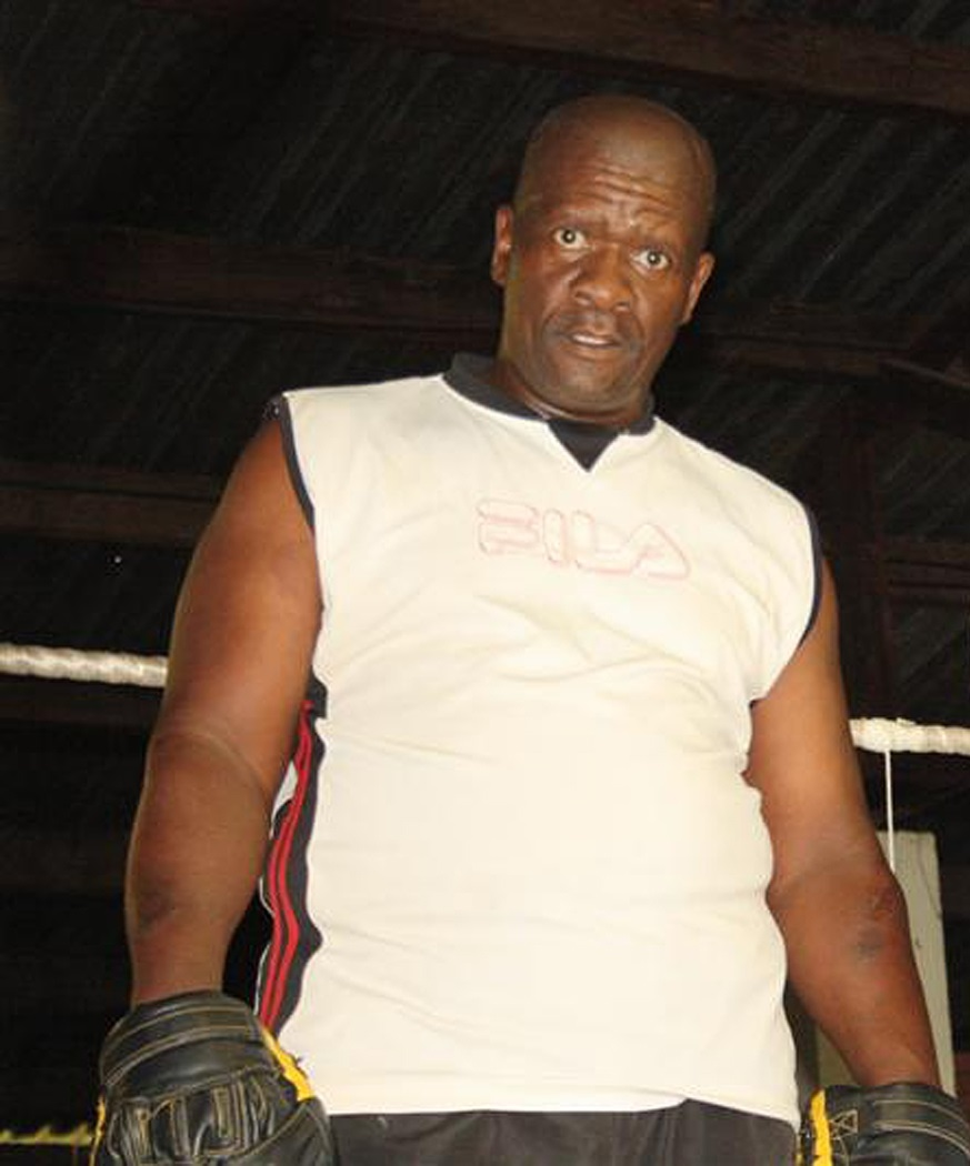 The late boxing trainer Themba Zulu.