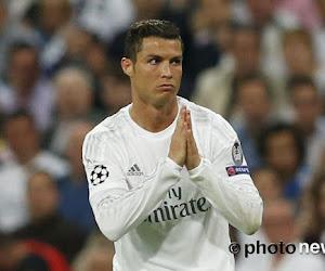 """Ronaldo geeft negatievelingen weer lik op stuk: """"Jaloezie kan me niet schelen, ik sta er (nog) altijd"""""""