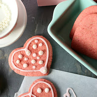 Healthy Vegan Beet Sugar Cookies.