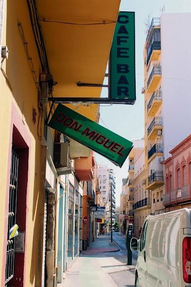 Bar Don Miguel, en la calle Granada.