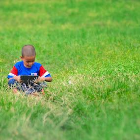 Holiday relaxing by Khairil Shahmi - Babies & Children Children Candids
