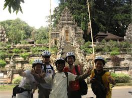 balicountryside cycling tour bangli kehen temple