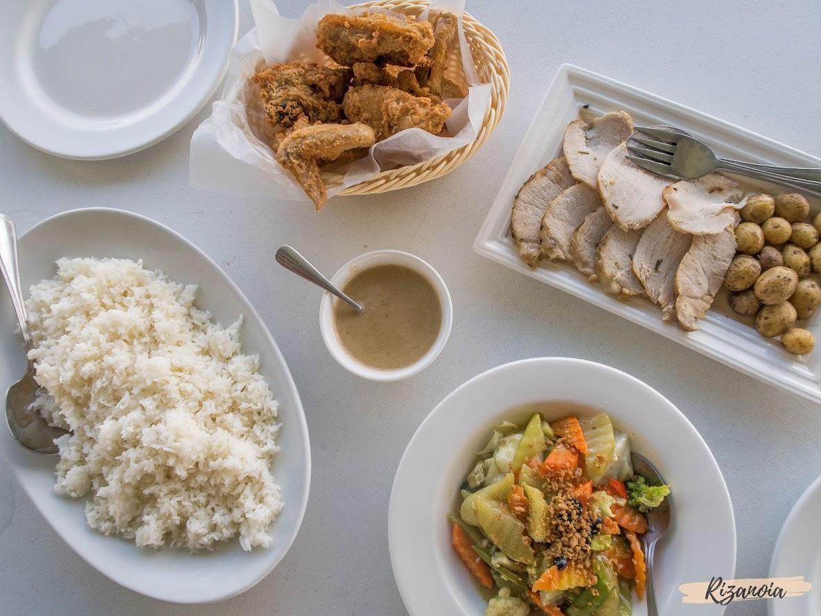 food in Pradera Verde