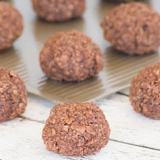 No Bake, Gluten Free Oh So Yummy Macaroons.