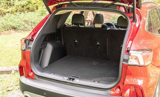 Đánh giá Ford Escape 2020 sắp bán tại Việt Nam: Thừa sức vươn lên Honda CR-V nếu giá tốt - Ảnh 13.