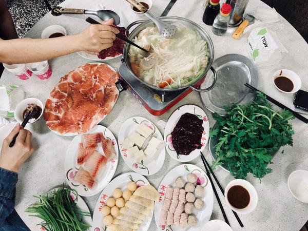 台南美食/中正路 小豪洲沙茶爐排隊名店 古早味平價美食