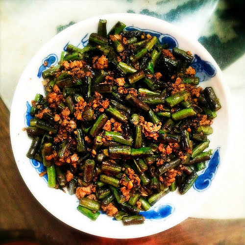 Stir Fry, Long Beans, Olive Vegetable Sauce,  橄欖菜, 炒, 長豆, recipe, traditional, Chinese, Chiuchow