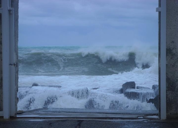 Il mare che si ribella di giusy_photo