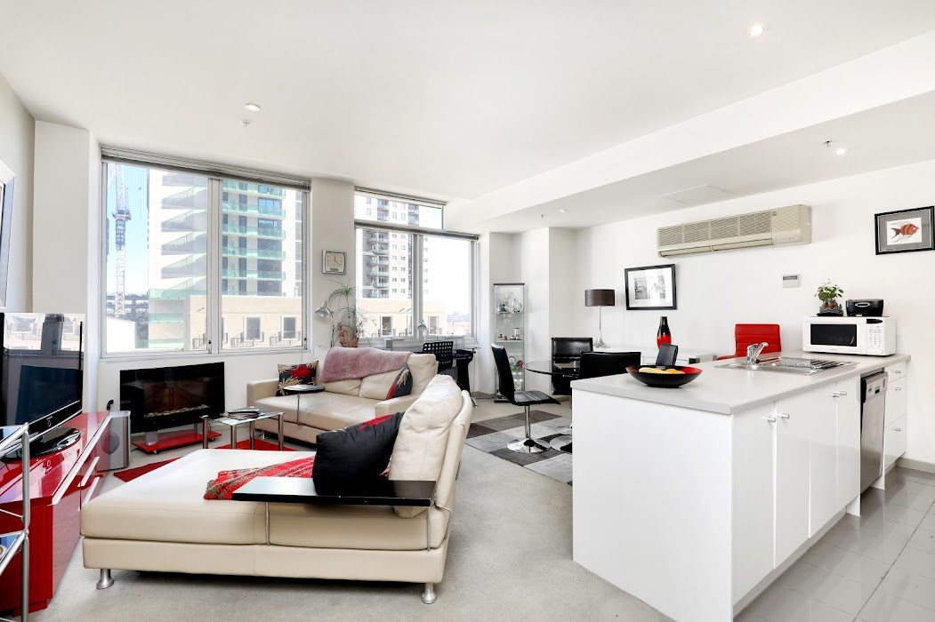 Main photo of property at 701/270 King Street, Melbourne 3000