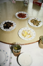 Photo: 10938 上海/ホテル/朝食/ピーナッツ/ゆで卵/搾菜/肉