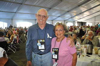 Photo: Buck and Lynn Nippe, Chino Valley - new coach owners