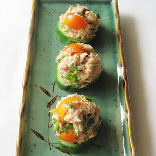 Healthy Tuna Salad and Cucumber Bites Without Mayo (Low-Carb).