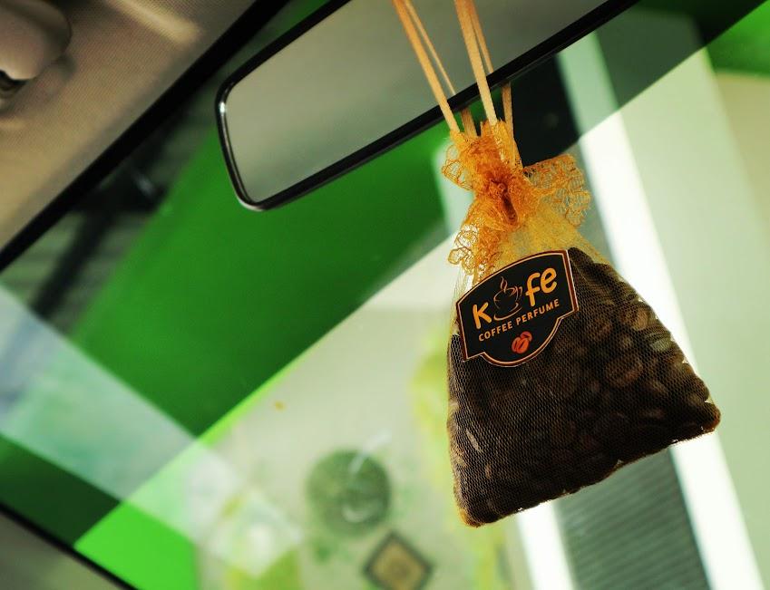 pengharum mobil aroma kopi