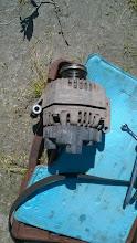 Photo: А вот и причина - генератор. К счастью, при помощи местных автослесарей все удалось починить в тот же день.