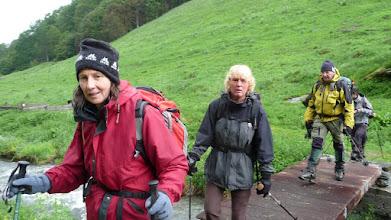 Photo: pas très souriante les filles du Nord Jutta et Anja, manque Sybilla !!
