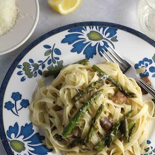 Roasted Asparagus and Mushroom Fettuccine.