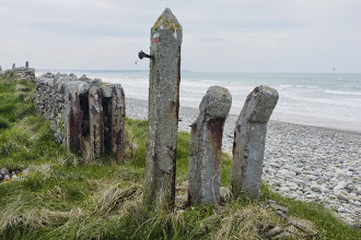 Photo: Begrenzung von WN 315 am Strand von Vauville