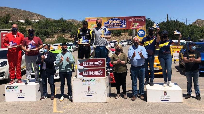 Podio de los vencedores en el I Rally Crono Comarca de Nijar