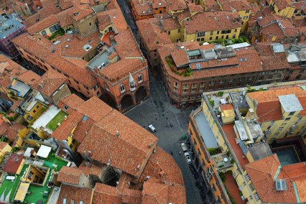 Bologna la Rossa e i colori... di ALE69BER