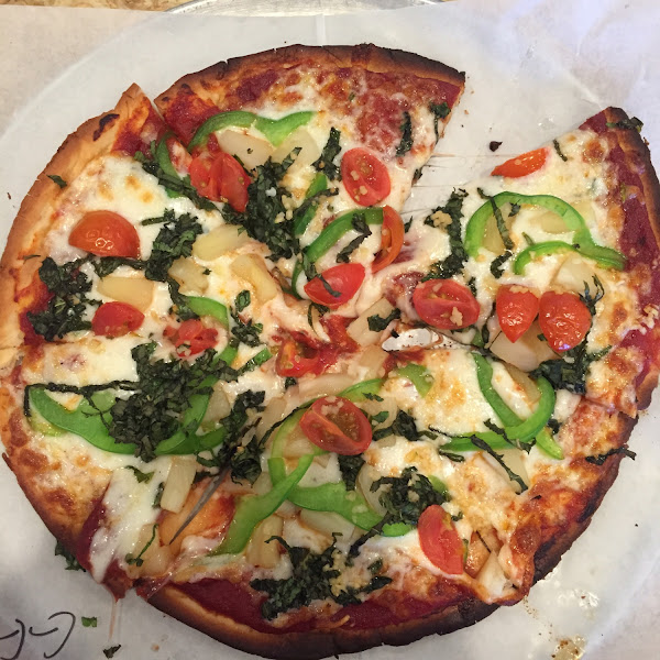 Gluten free crust with so many toppings options!