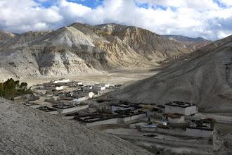 Photo: Au-dessus de Bharcha sur le chemin du Samdzong La