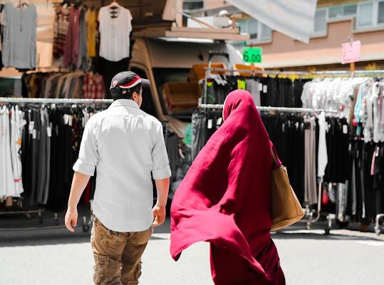 Al mercato in coppia di Dama