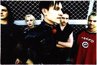 Photo: 1998 - Dogmachine