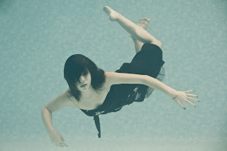 Photo: #underwater  #underwaterphoto  #underwaterphotography  #underwaterphotographers  #underwaterthursday  #underwatermodel  #underwatermodels  #underwatergirls