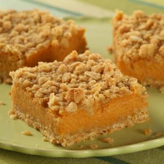 Pumpkin Cream Cheese Streusel Squares.