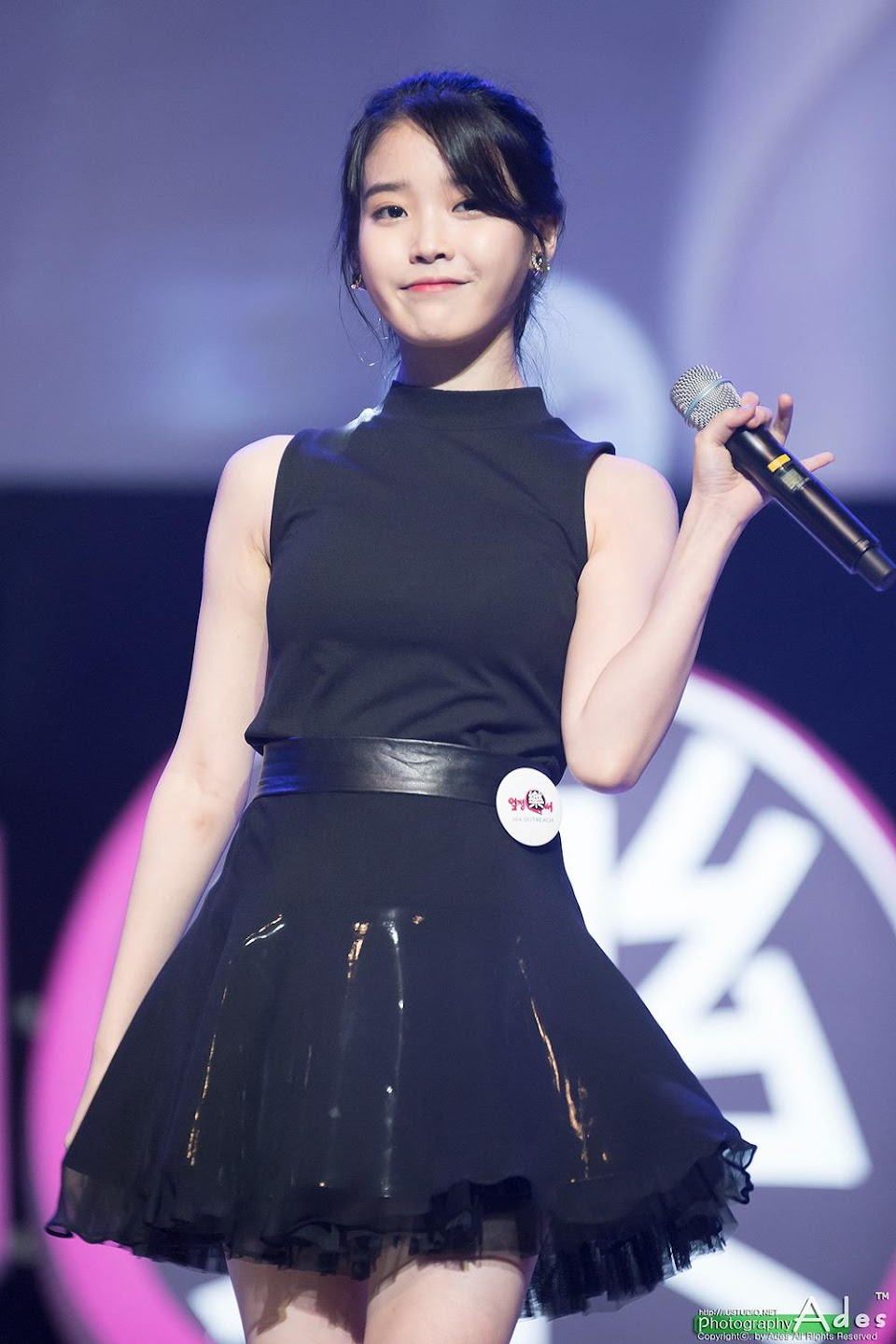 iu black dress 20