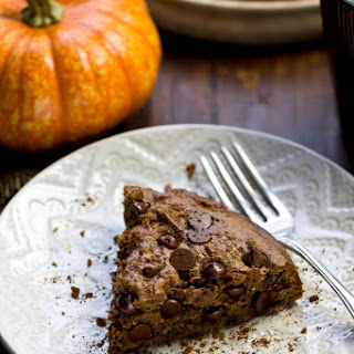Vegan Pumpkin Spice Chocolate Chip Cookie Cake
