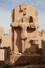 Photo: karnak , middle kingdom court, triad with Thutmose III