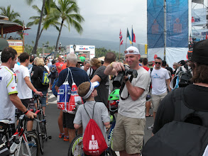 Photo: Herbert Krabel of Slowtwitch.com among the throngs of media