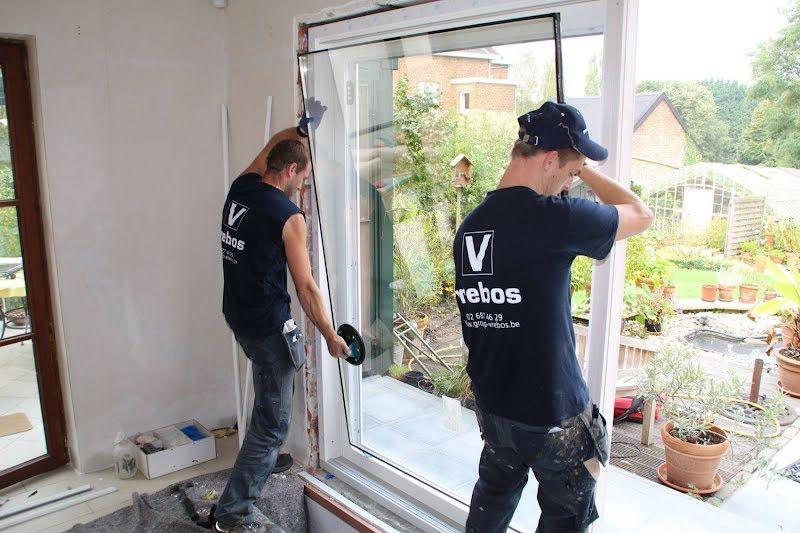 Plaatser ramen, deuren en veranda's