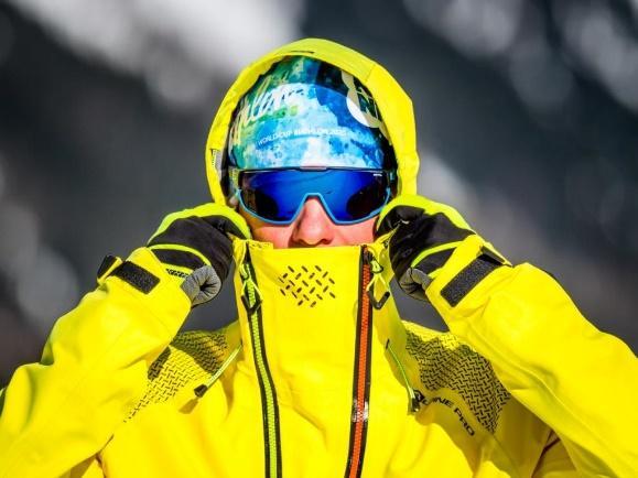 \\Alpinepro\dfs\MARKETING_FOTO\PRODUKTY\2020_SS20\NANOMEMBRANE\IMAGE-biatlon\Biatlonista-Michal-Krcmar-test-bunda-nano.jpg