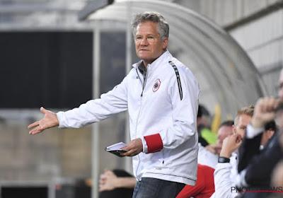 Geschillencommissie is erg streng: zware straffen voor Charleroi-spelers en Tubeke-spits, Bölöni krijgt extra boete voor ... 'jassenverhaal'