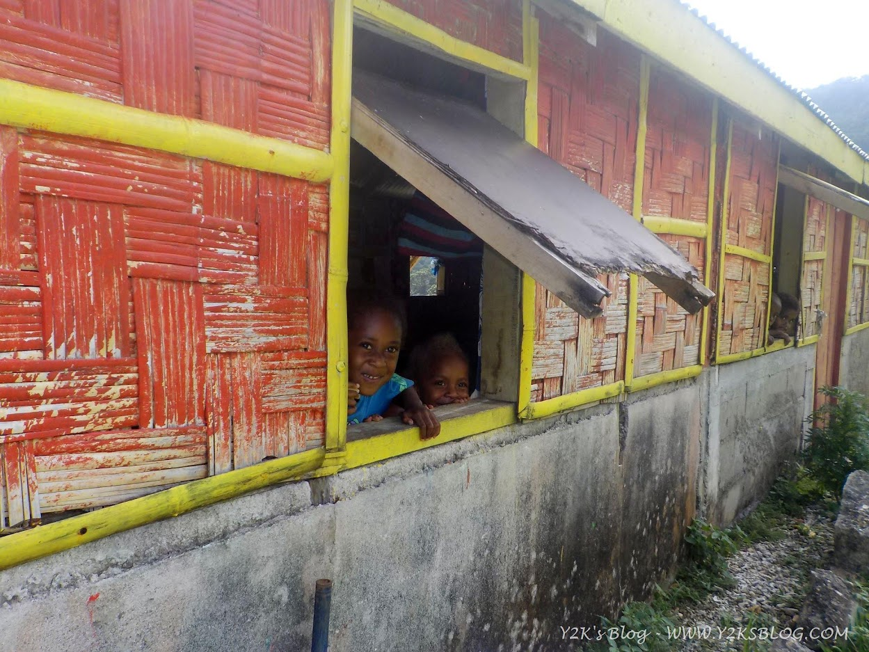 I bimbi della materna di Loltong - Pentecoste