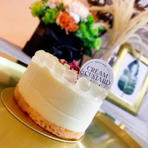 我喜歡夢幻少女心~  因為有荔枝波波球, 第一次吃過這樣的甜點, 真的!真的!真的!會逼逼波波唷  跟蛋糕體業非常搭👍