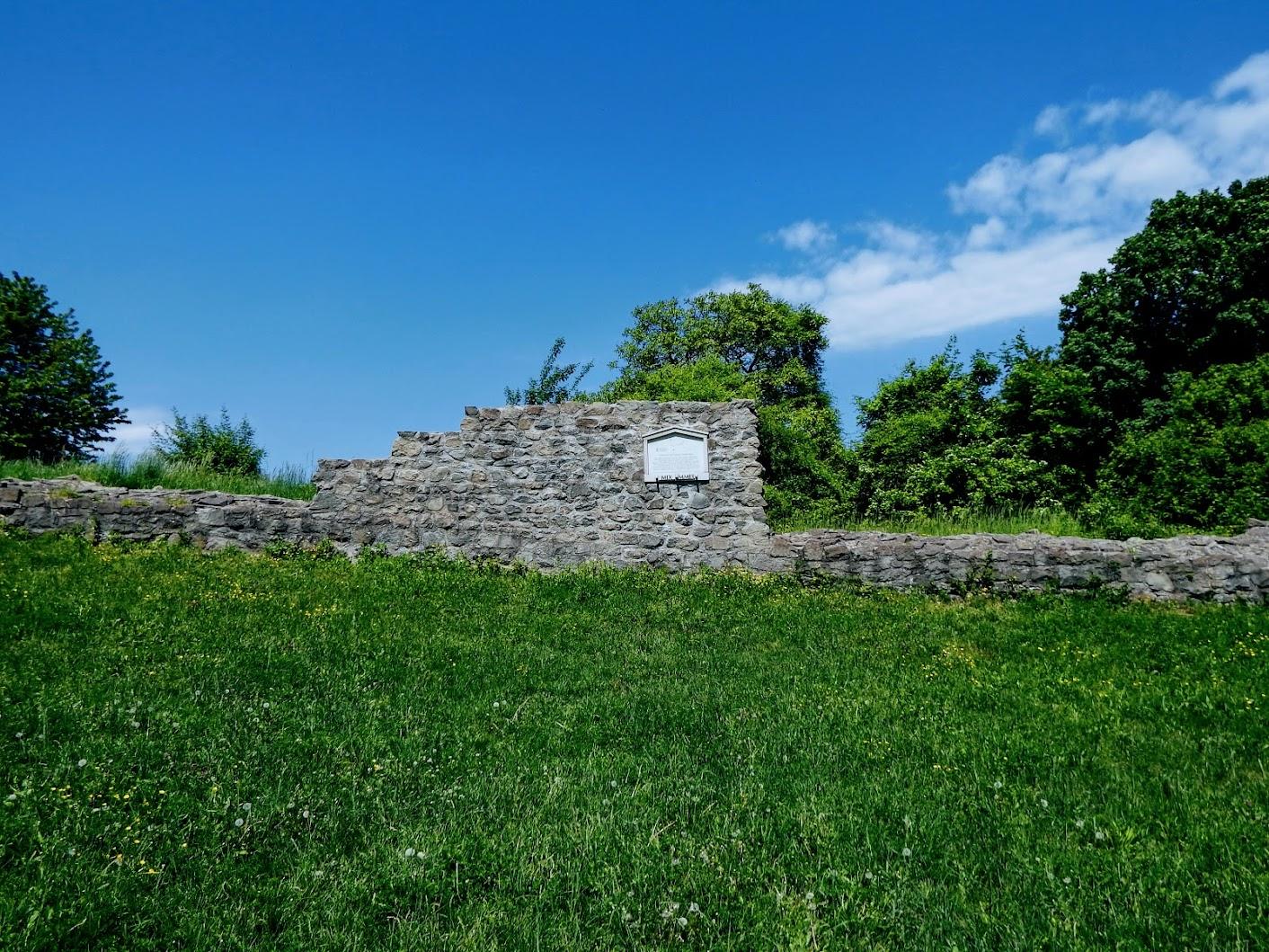 Visegrád - esperesi templom romjai