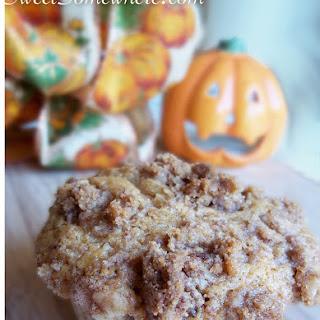 5 Minute Pumpkin Muffins with Cinnamon Walnut Streusel