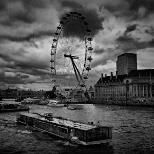 the London eye_PIX.JPG