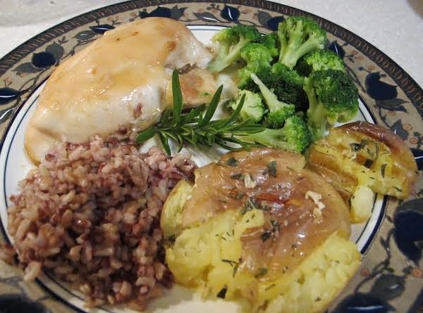 Suggested Serving: Honey Dijon Chicken With Organic Broccoli, Brown Rice And Organic Rosemary Potatoes.
