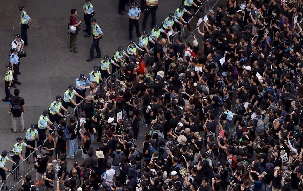 Làn sóng biểu tình tại Hồng Kông phản đối dự luật dẫn độ