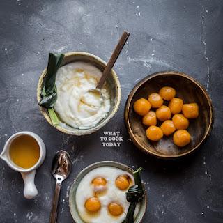 Bubur Sum sum / Indonesian Sweet Coconut Rice Porridge.