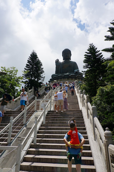 Steps leading up to Tian Tan Buddha