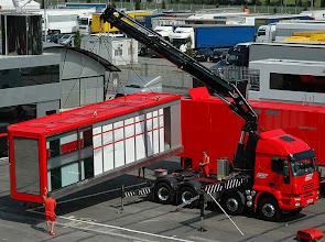 Photo: Iveco y Ferrari un mismo equipo