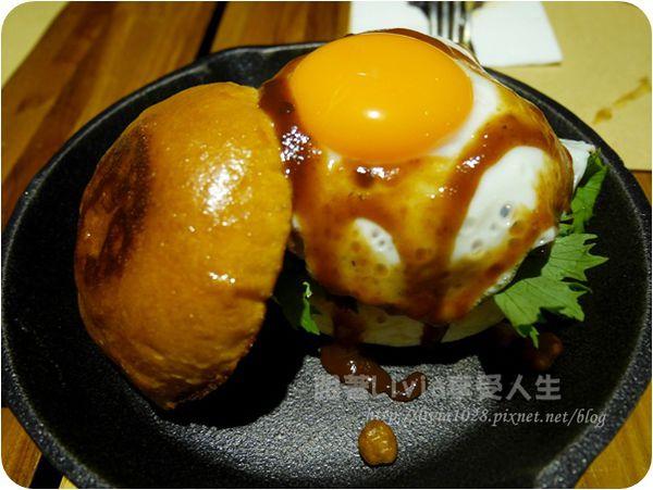 台北車站捷運站 Oldies Burger 新美式文化料理 墨西哥風的創意漢堡 ❤跟著Livia享受人生❤