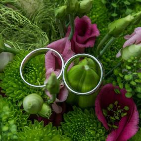 wedding 3 by Jiří Valíček - Wedding Other ( wedding, rings, flowers )