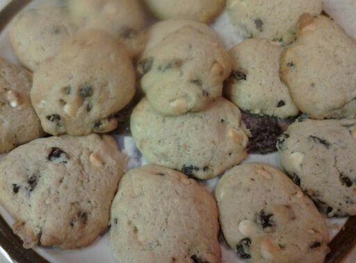 From the 1/2 cup leftover pulp I made some amazing cookieshttp://www.justapinch.com/recipes/dessert/cookies/oat-pulp-cookies.html