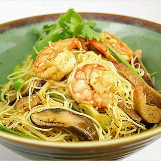 Singapore Fried Rice Noodles.